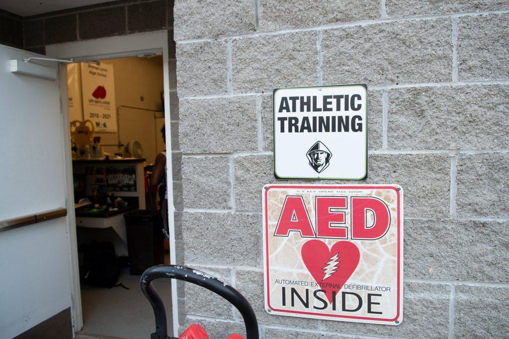 دستگاه الکتروشوک و نقش آن در سلامت ورزشکاران