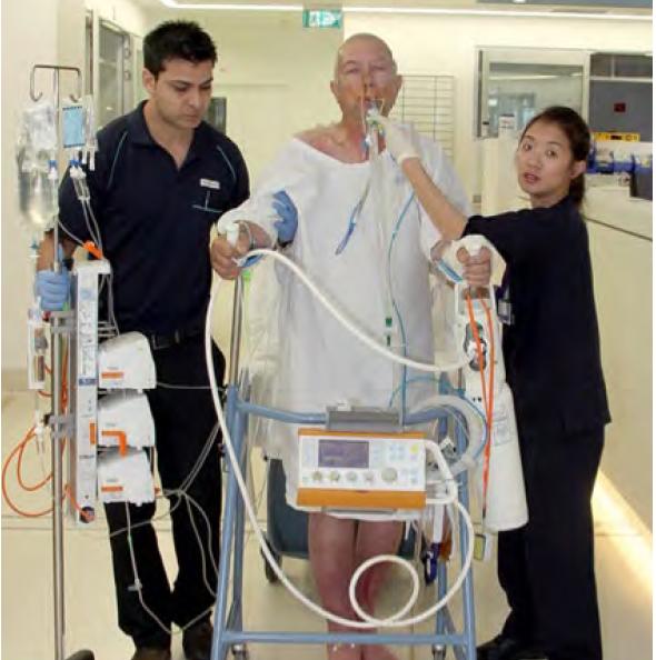 جابجایی بیماران با استفاده از تکنولوژی نوین مانند ونتیلاتور پرتابل