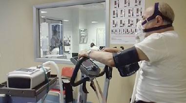 استفاده از ونتیلاتور پرتابل در ونتیلاسیون غیرتهاجمی در کنار تمرینات تنفسی برای بیماران تنفسی